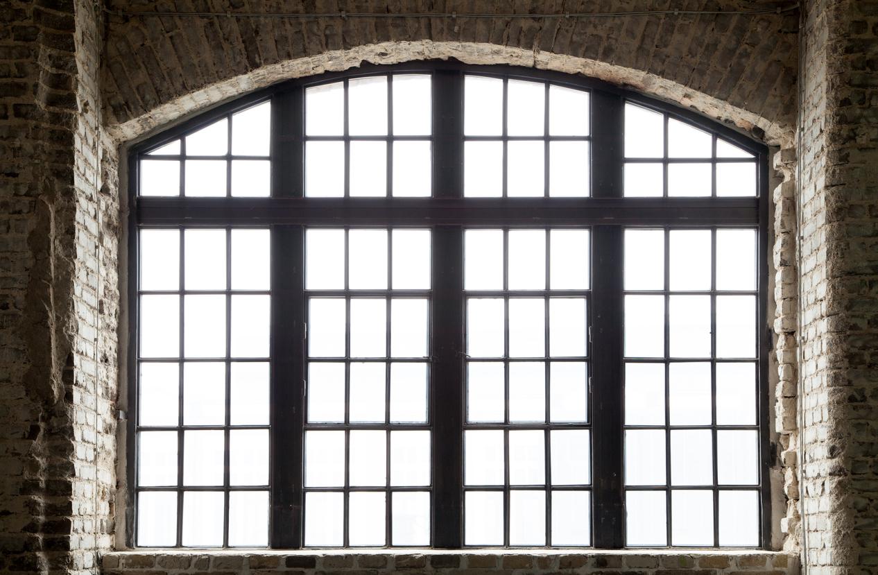 Mullions Vs. Muntins: 2 Unique Window Design Elements
